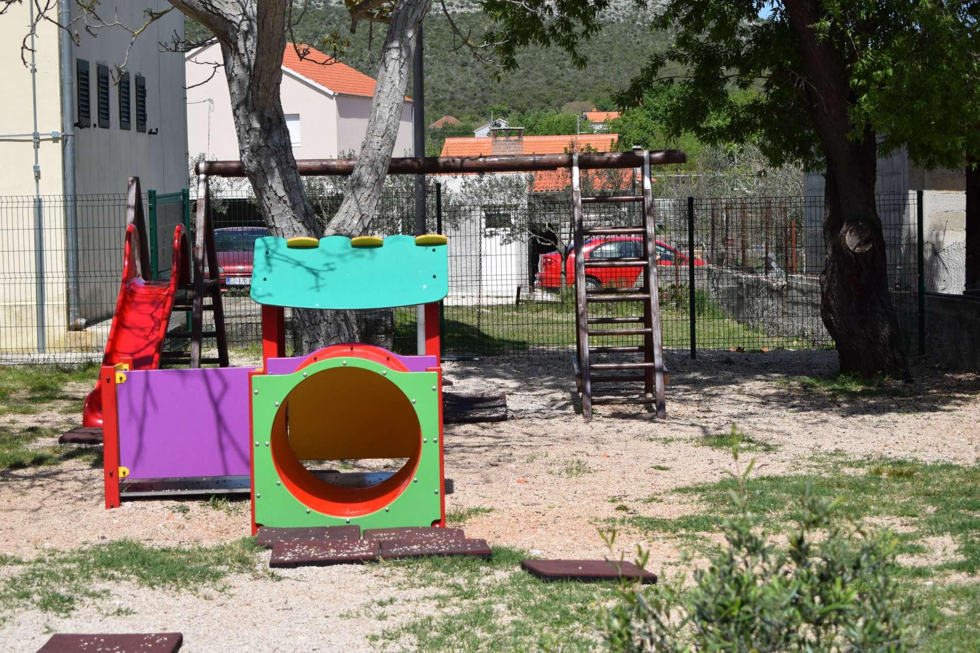 Raštane Donje izgradnja dječjeg igrališta