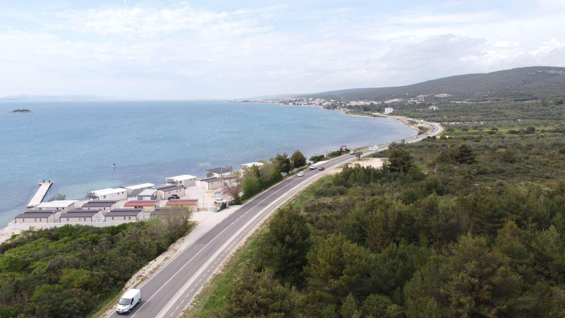 Izgradnja biciklističke staze uz državnu cestu D8 od Sv.Petra do Turnja