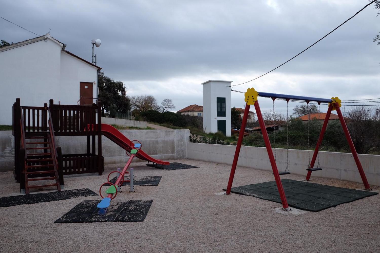 Novo dječje igralište u Sv. Petru