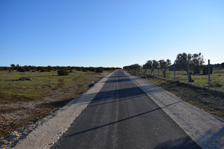 SV. FILIP I JAKOV: Asfaltiranje ceste u Baturovima