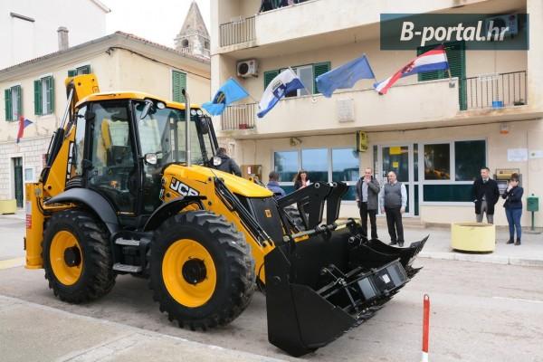 VLASTITI POGON: Nova mehanizacija i obnovljen vozni park